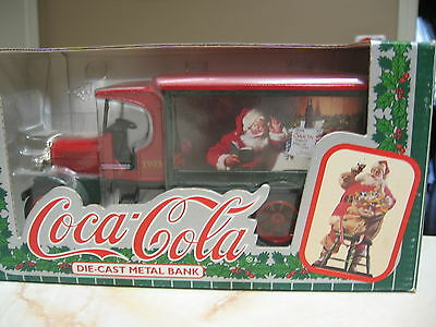 Coca Cola 1925 Kenworth  Truck  Bank With Santa Clause -  Nib 1993 - Ertl