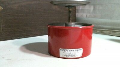 Protectoseal Model 237 Plunger Can Red 1 Quart