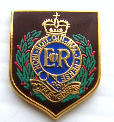 The Royal Engineer Sapper Private Army Lapel Pin Badge Free Pouch Mod Approved