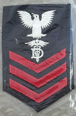 US Navy Female Rate Petty Officer 1st Class Dentalman - Poly - Wool
