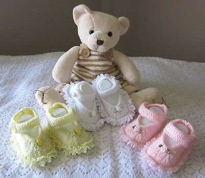 BABY KNITTING PATTERN #2 by Julie Ware