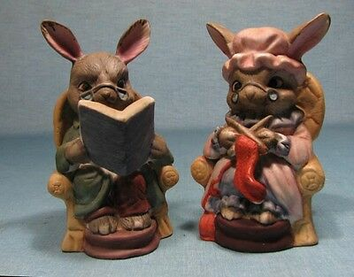 RABBIT Figurines Ma & Pa  / Kitsch / Porcelain  / Hand Painted