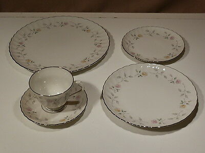 SYRACUSE BRAE LOCH 5 PIECE PLACE SETTING EXCELLENT
