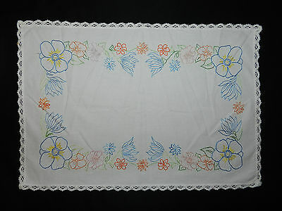 """vintage hand embroidered tablecloth. Dimensions  20.5""""/14"""" n2497"""
