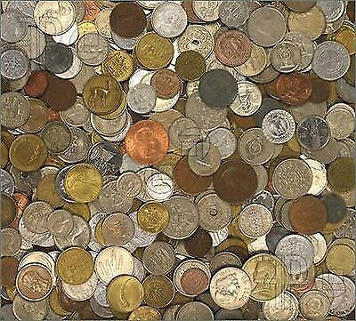 One Pound of Foreign World Coins With Guaranteed Silver Coin