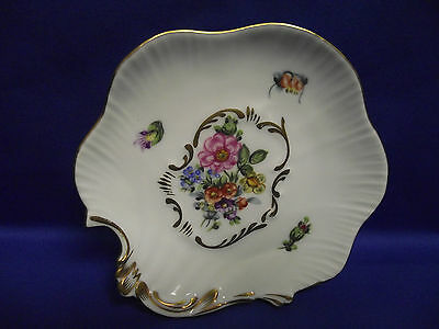 HEREND Hand Painted Shell shaped pin tray Laced With 24k Gold