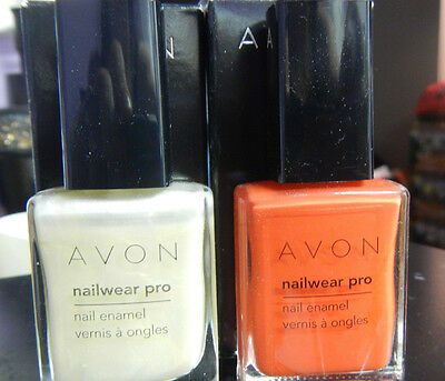 AVON NAILWEAR PRO NAIL ENAMEL -  LOT OF 2 -  PALE GOLD AND TANGTASTIC