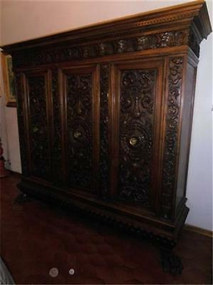 BEAUTIFUL CARVED ANTIQUE ITALIAN ARMOIRE-- 13IT002A