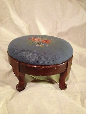 Antique Foot Stool Queen Anne Style Embroyderd Cover C10Pix4Size/etc &Make Offer