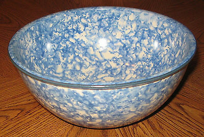 """Stangl Town & Country Blue Spongeware 8"""" Round Vegetable Serving Bowl Hand Paint"""