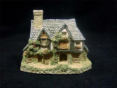 David Winter Cottages -Hogs Head Beer House - 1985 - Original Box & Coa