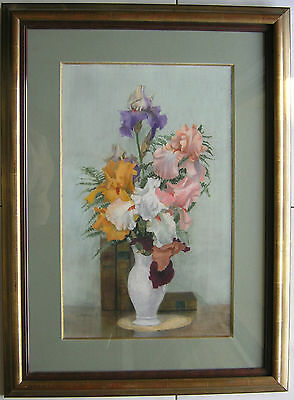 AUTHENTIQUE PASTEL BOUQUET  IRIS   signée  Jeanne VOLTEAU