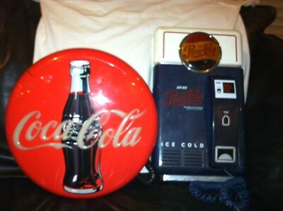 RARE PEPSI VINTAGE 50's STYLE VENDING MACHINE & Coca Cola Light Up Phone Coke