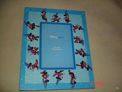 Disney Store Picture Frame Holds 4 Inch by 6 Inch Picture