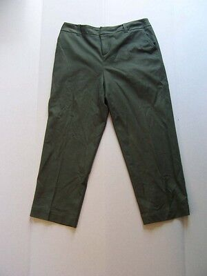 GRACE ELEMENTS Dark Olive Army Green Flat Front Straight Leg Cropped Pants 10