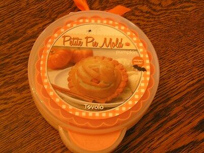 "Tovolo Petite Pie 4 5/8"" Mold PUMPKIN Jack-O-Lantern Fall Halloween w/ Recipes"