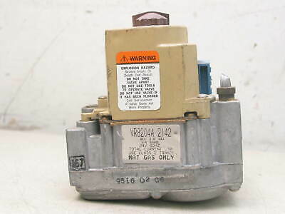 Honeywell VR8204A2142 Furnace Gas Valve 24V Natural Gas Only