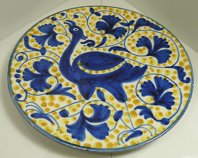 kk194 ART POTTERY B&W CERAMIC PLATE WITH BIRD MOTIF