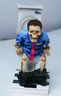 Funny Skull Decor Skeleton Constipated Working Hard Toilet Seat Figurine Statue