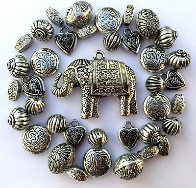 35 x Large Antique Silver Acrylic Tibetan Jewellery Making Beads Mix