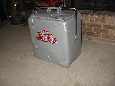 RARE VINTAGE PEPSI PROGRESS A1 DOUBLE DOT COOLER - POSSIBLY USED ON NAVY SHIPS