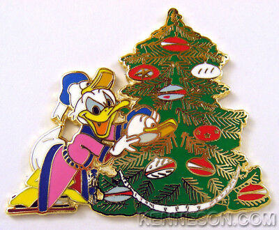 Disney Advent Pin 2006 #11 Donald Duck Christmas Tree Limited