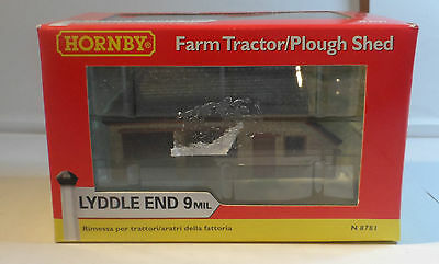 Hornby LYDDLE END - N8781 - FARM/TRACTOR PLOUGH SHED - RARE ITEM - LOOK - NEW