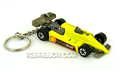 Turbo Streak Formula Shell Yellow Keychain