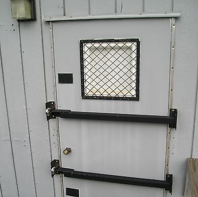 "18 1/2"" x 18 1/2"" Woven Wire Window Guard Mobile, Modular Office Trailer Doors"