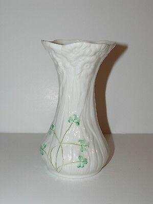Vintage Irish Belleek Shamrock Vase ~ 9th Blue Mark