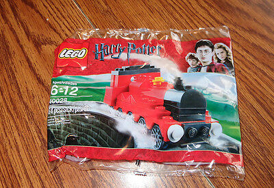 LEGO Harry Potter Exclusive Set #40028 Mini Hogwarts Express – Brand New
