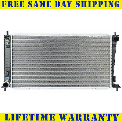 Radiator For Ford Lincoln Fits Expedition Navigator 4.6 5.4 V8 8Cyl 2136