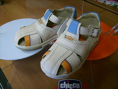 Scarpe shoes bambino CHICCO NR. 29  color beige in pelle NUOVE euro 56,90