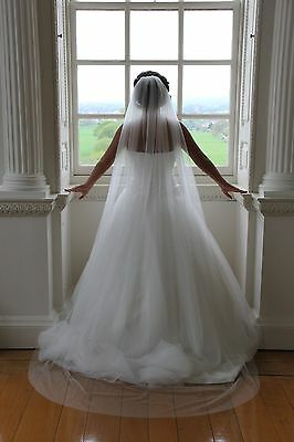 1 Tier Chapel Floor Length Veil Cut Romantic Edge Bridal Wedding Ivory/White