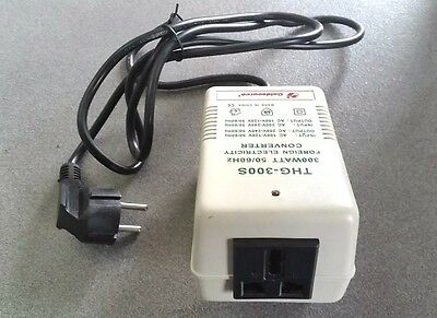Voltage Converter Transformer Step Up / Down 300W From 220 To 110V & 220 To 110V