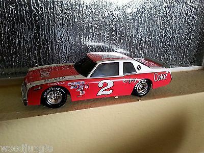DALE EARNHARDT #2 COKE 1980 VENTURA DIE CAST METAL STOCK CAR ACTION 1:24 SCALE