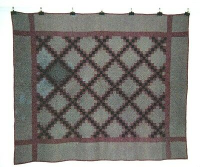 "Midwestern Amish ""IRISH CHAIN"" in Frame & Border QUILT: 60"" x 68"", c1910, Cotton"