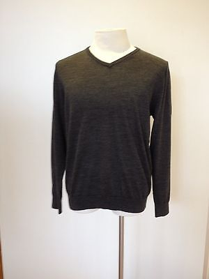 Genres 100% Merino Wool Men's V Neck Jumper 11 Colour Choices