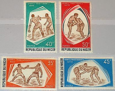 NIGER 1975 478-81 328-31 Traditionelle Sportarten Sports Boxing Wrestling MNH