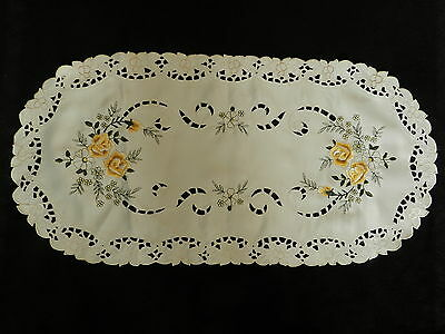 """Vintage Cut embroidered table runner  26.5""""/13"""" A1165"""
