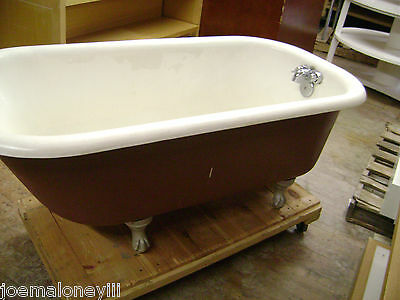 VINTAGE ANTIQUE CAST IRON CLAW FOOT TUB
