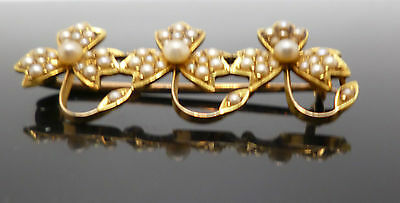 9ct yellow gold vintage pearl flower brooch