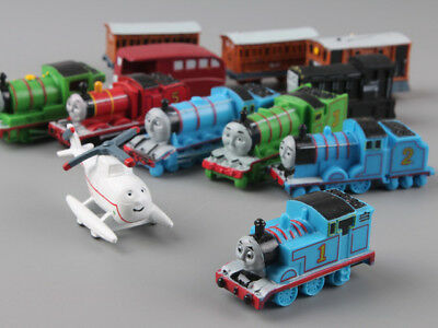 EL TREN THOMAS / THOMAS THE TRAIN - SET 12 FIGURAS PVC 4-5cm / 12 FIGURES SET 2""