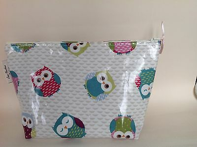Handmade Owl Print oilcloth makeup bag cosmetic bag toiletries bag