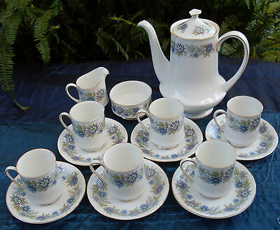 Vintage PARAGON England CHERWELL (15 Pc) Porcelain Coffee/Tea Set - in Australia