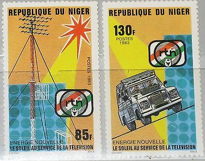 NIGER 1983 865-66 641-42 Solar Energy Television Sonnenenergie Energie Car MNH
