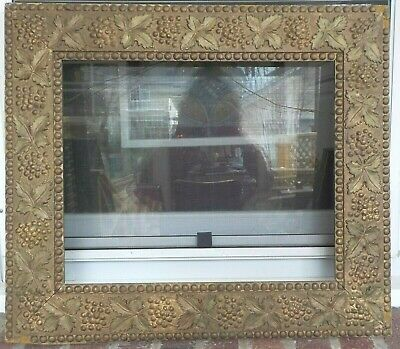 Victorian AESTHETIC Grapes & OAK Leaves Compo Picture Frame 14 x 17 c.1880s