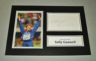 Sally Gunnell Signed A4 Photo Display Olympic Hurdles Autograph Memorabilia +COA