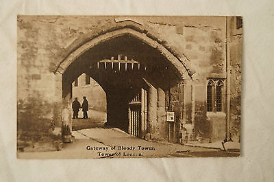 Gateway of Bloody Tower - Tower of London - England - Vintage - Postcard.