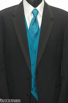 40 R Chaps Ralph Lauren Black 2 Button Tuxedo This years style Prom Wedding Tux